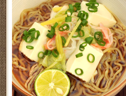 醤油スープを使った豆腐ラーメン